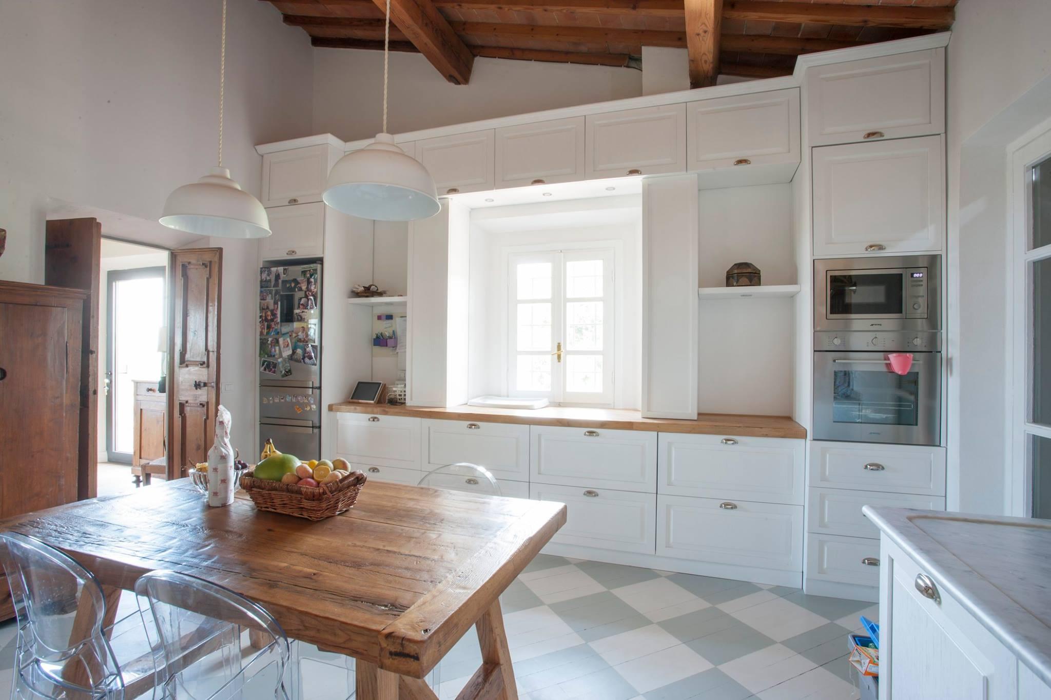 Cucina su misura arredamenti su misura roma for Arredamenti su misura