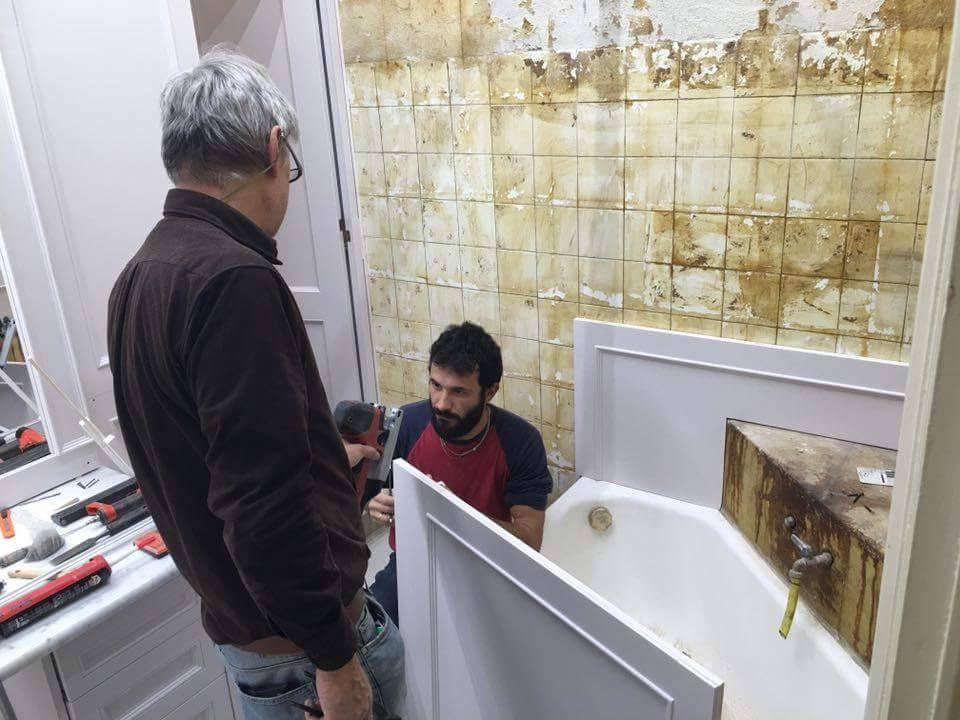 Rivestimento bagno boiserie boiserie in legno abbinabili - Boiserie in ceramica per bagno ...